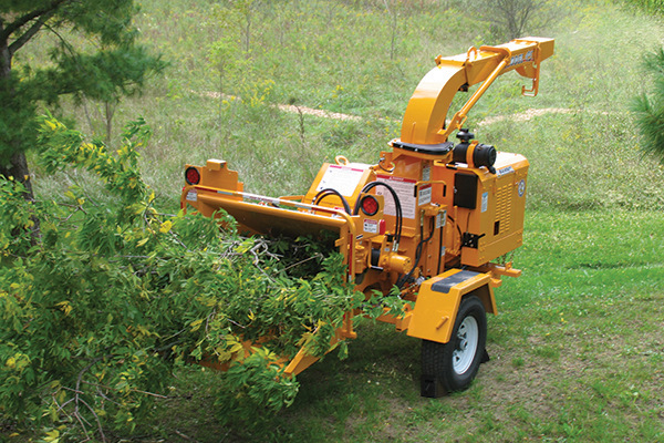 Bandit Industries | 95XP SERIES | Model 95XP - TOWABLE  DISC STYLE HAND-FED CHIPPER for sale at Rippeon Equipment Co., Maryland