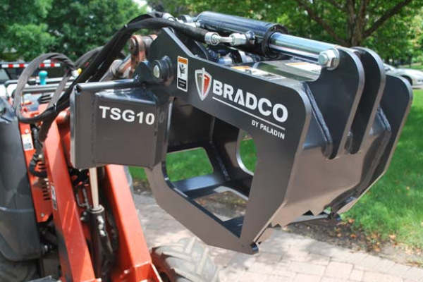 Paladin Attachments | Bradco | Grapples, Tree and Shrub for sale at Rippeon Equipment Co., Maryland