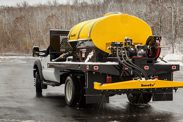Liquids | Truck Bed | Liqui Maxx™ for sale at Rippeon Equipment Co., Maryland