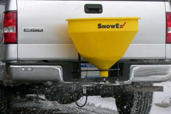 Spreaders | Tailgate | Utility for sale at Rippeon Equipment Co., Maryland