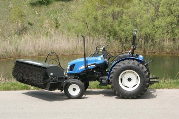 Paladin Attachments | Sweepers HR | Model HR8D18 for sale at Rippeon Equipment Co., Maryland