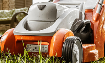 CroppedImage350210-Lawn-Mowers.png