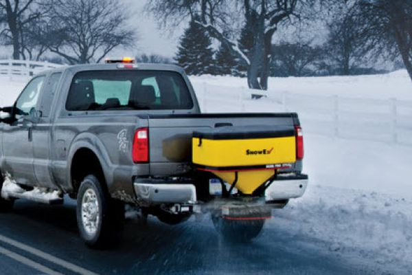 Spreaders | Tailgate Pro | Model SP-325 for sale at Rippeon Equipment Co., Maryland