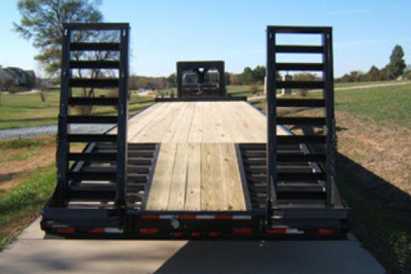 Hudson Brothers | Gooseneck Trailers | Model VTMGD 10 Ton Capacity for sale at Rippeon Equipment Co., Maryland