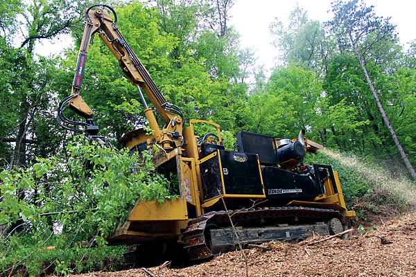 Bandit Industries | Whole Tree Chippers | 2290 SERIES for sale at Rippeon Equipment Co., Maryland