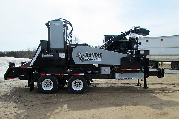 Bandit Industries | Whole Tree Chippers | 2590 SERIES for sale at Rippeon Equipment Co., Maryland