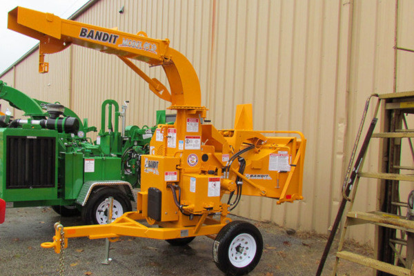 Bandit Industries | 95XP SERIES | Model 95XP - PTO  DISC STYLE HAND-FED CHIPPER for sale at Rippeon Equipment Co., Maryland